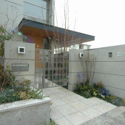 豊田和久建築工房の市場の家