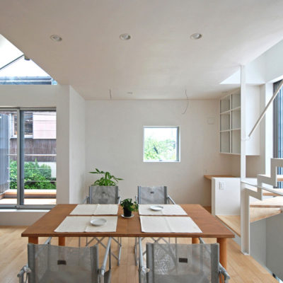 SUR都市建築事務所の世田谷の3層住宅