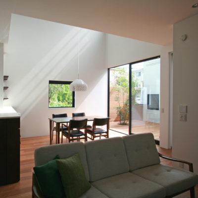 設計事務所アーキプレイスの09s 猫と暮らす中庭のある家